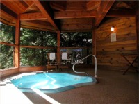 Gazebo Hot Tub, Chalet Luise Bed and Breakfast, Whistler BC