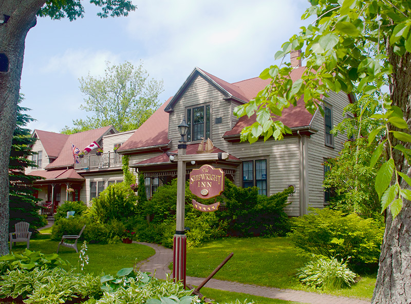 Bed And Breakfast Kemptville Area